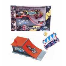 Рампа за скейт Street Skates с 2 мини скейтборд - фингърборд и аксесоари Quarter Pipe